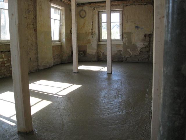 h henausgleich des fu boden schnell und formstabil mit. Black Bedroom Furniture Sets. Home Design Ideas